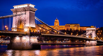 Beautiful+Budapest+Chain+Bridge+and+Buda
