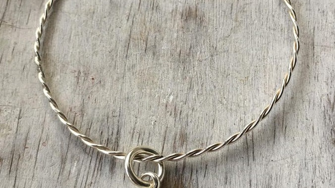 Twisted Heart Bangle