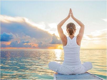 nicole yoga2.jpg