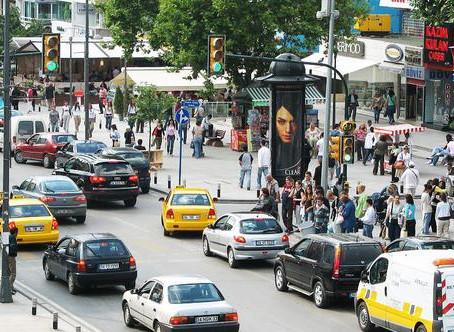 Caddeler direniyor! Ziyaretçi sayısı düştükçe düşüyor