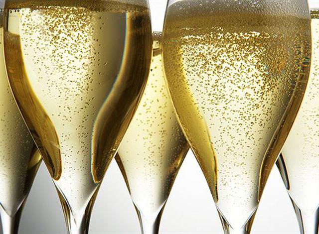 Köpüklü şarap daha mı çabuk çakırkeyif yapıyor?
