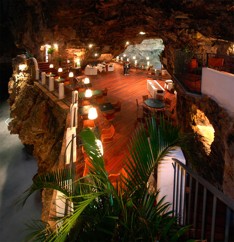 Ristorante Grotta Palazzese- İtalya