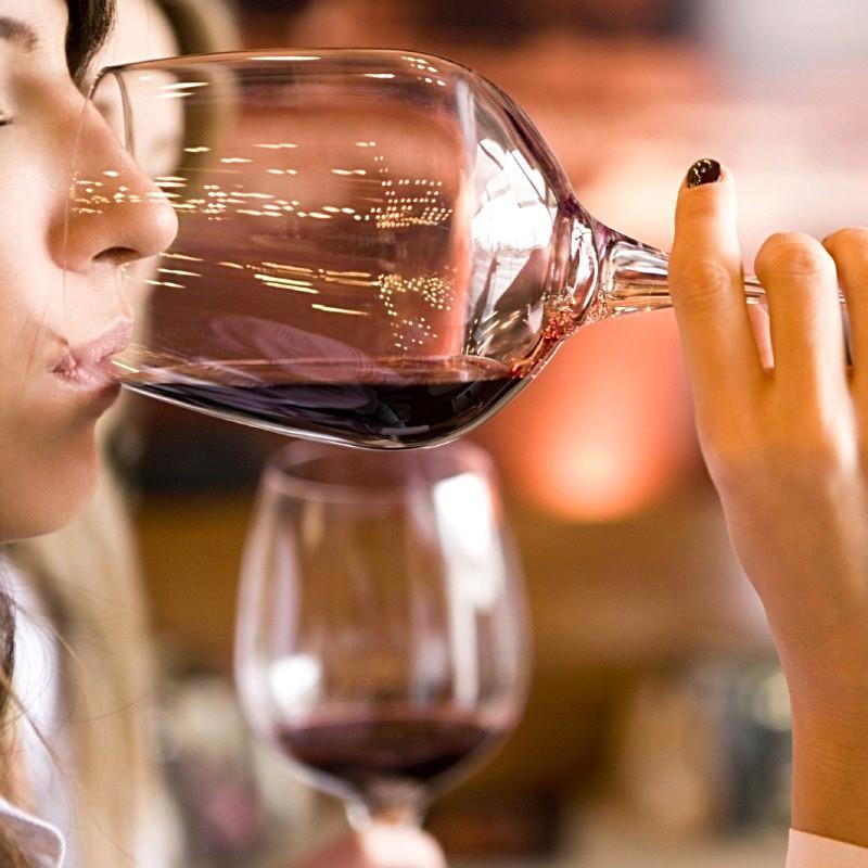 Kadınlar ve Şarap Tadımı