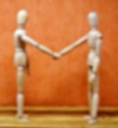 holding-hands-3147067_640.jpg