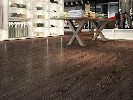 piso laminado em loja