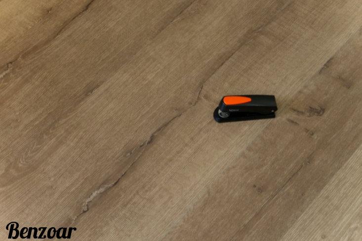 Piso Vinilico 4mm SPC Click em Régua I Preço R$ 496,90 Caixa com 2,71m2