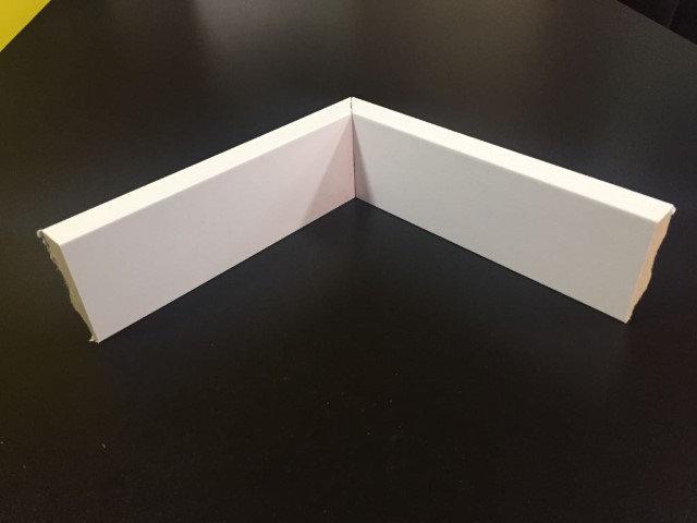 Rodapé 5cm Reto Liso HC 53 Branco I Preço R$ 25,00 por Barra com 2,40ml