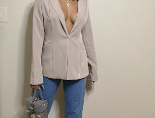 10 Items Every Woman Needs in Her Closet