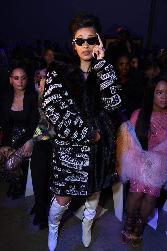 Cardi_B_at_Jeremy_Scott's_The_Fifth_Element–inspired_show.