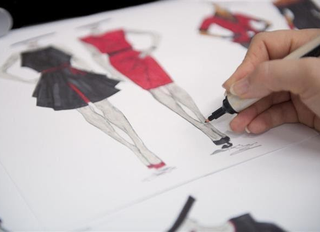 Steps to Become a Fashion Designer