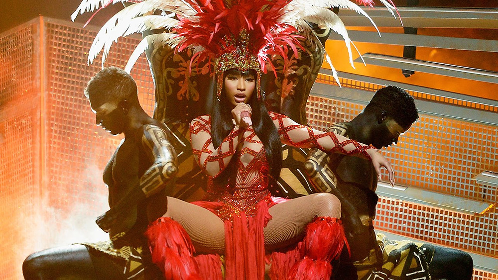 "Nicki Minaj performing ""Trini Dem Girls"" at MTVs 2015 VMAs (photo: youtube.com)"