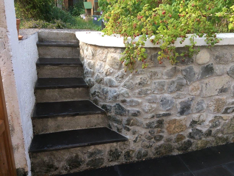 Mur pierres apparentes