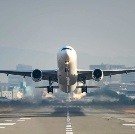 Come fanno a volare gli aerei? Cosa sono le turbolenze?