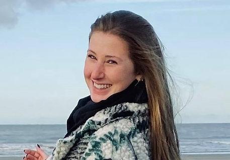 Stefanie De Spiegeleer.jpg