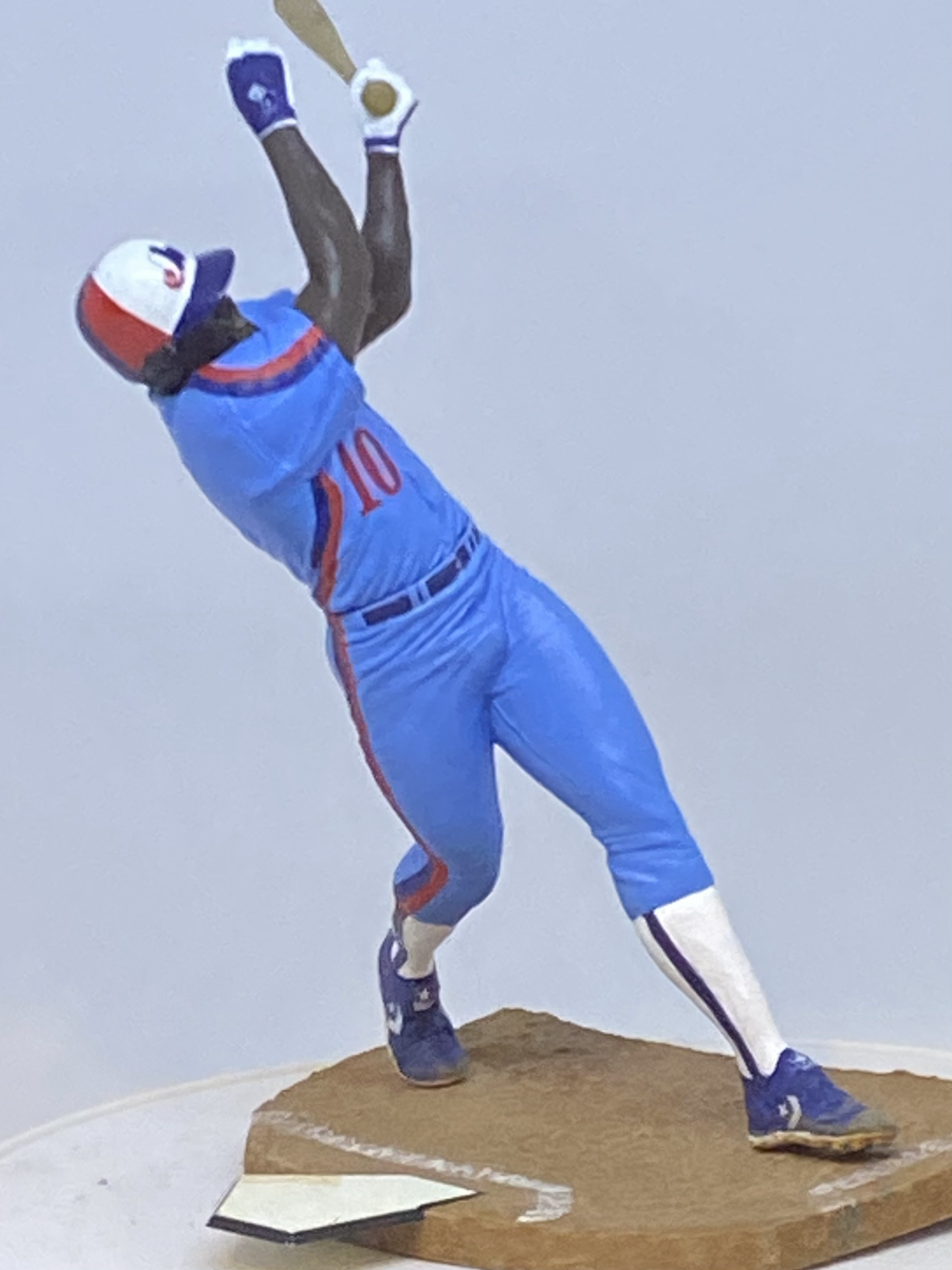 D'Avanzo custom sports figures 180