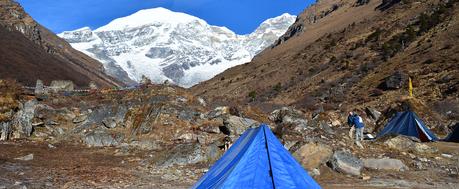 Treking Bhutan.png