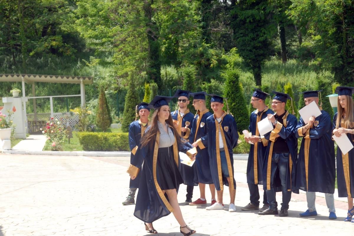 Ceremonia e Matures 2016 shkolla Wilson7