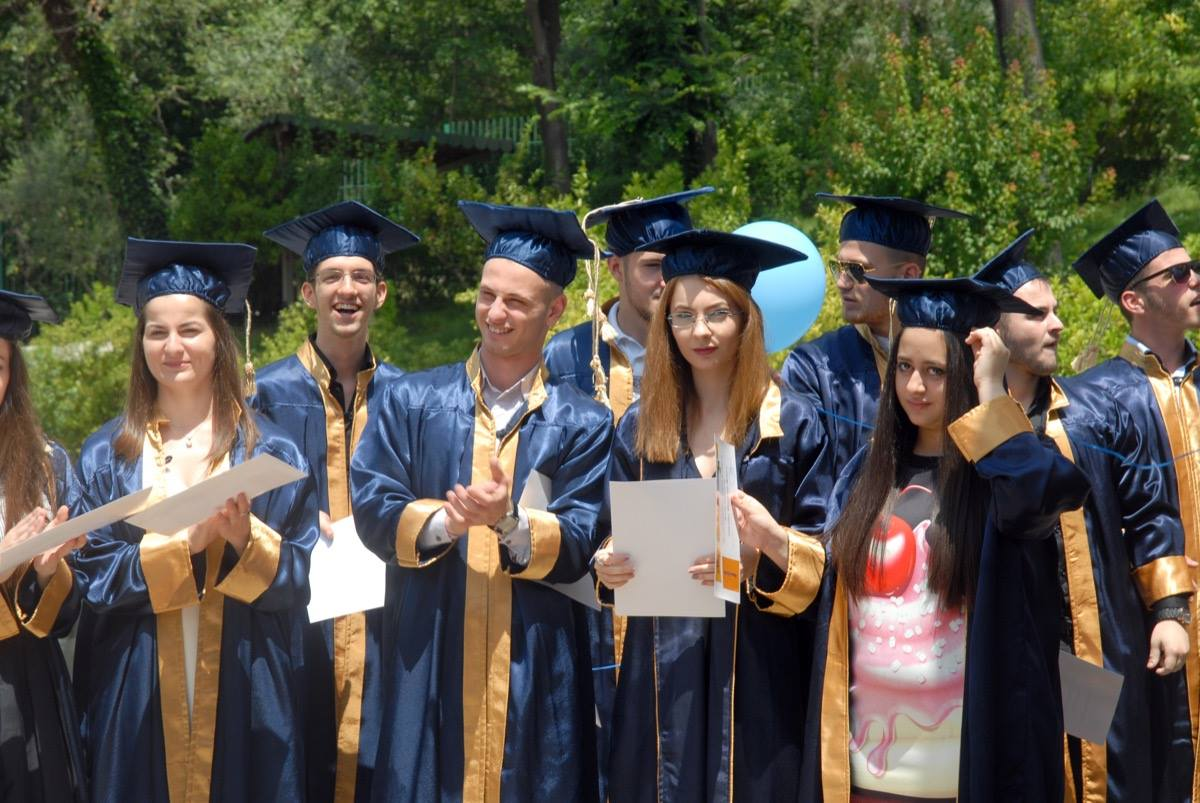 Ceremonia e Matures 2016 shkolla Wilson3