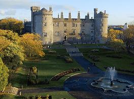 Kilkenny Castle and fountain