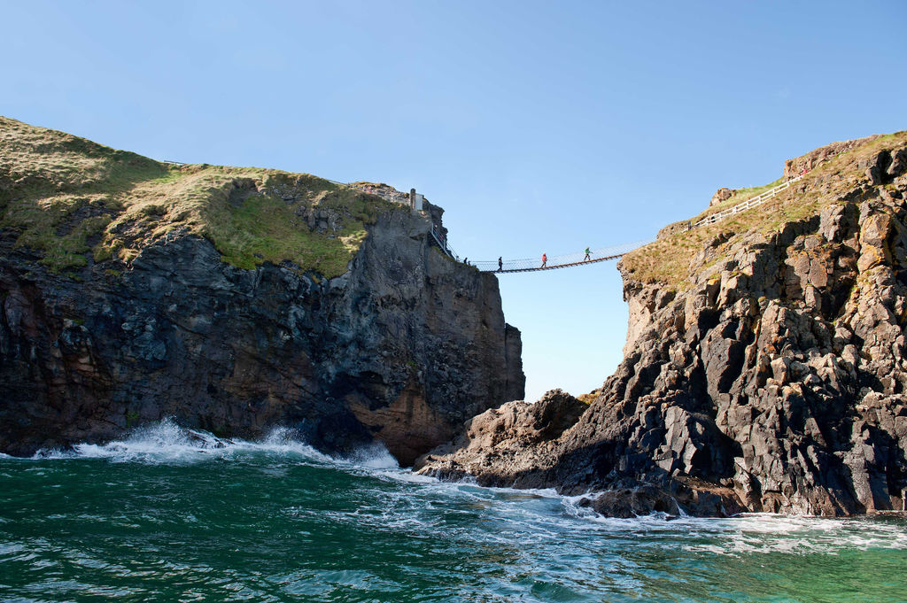 Carrick-a-rede ropebridge from below
