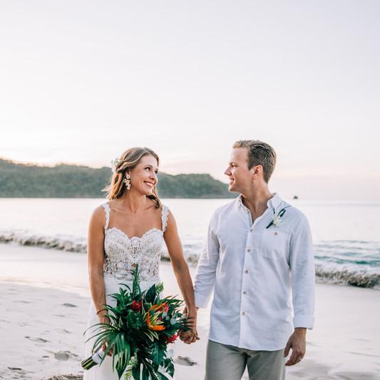 Eliza + Bryan - Samba to the Sea Photogr