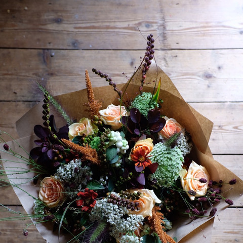 Winter Bouquets & Bunches