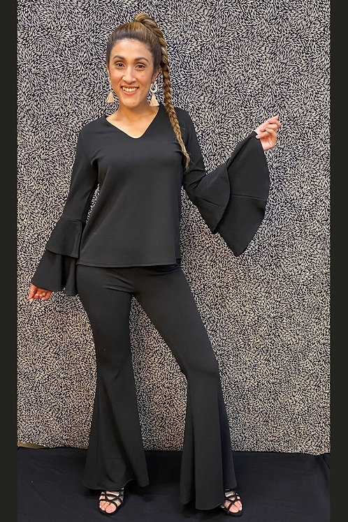 1253 Solid print, high rise, fitted, bell-bottom pant, elastic waist