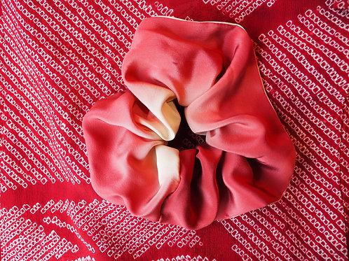 SHIRUKI Pink Silk Hair Scrunchie
