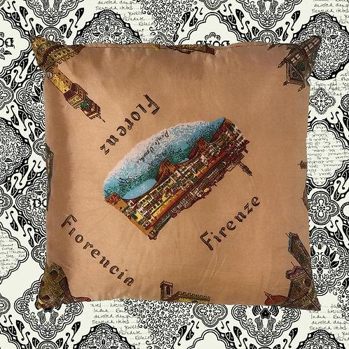 KUSSHON Florence Silk Cushion