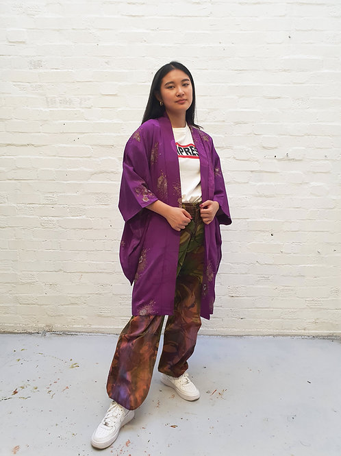 Vintage Purple Silk Kimono with lurex flower detail