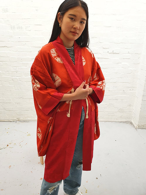 Vintage red Kimono with orange tye-dye silk lining