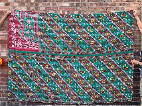 Vintage Handmade Green Paisley Kantha Bedspread