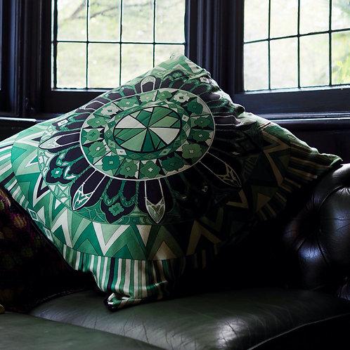 KUSSHON Green Silk Cushion
