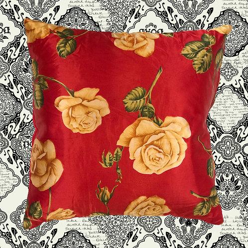 KUSSHON Rose Silk Cushion