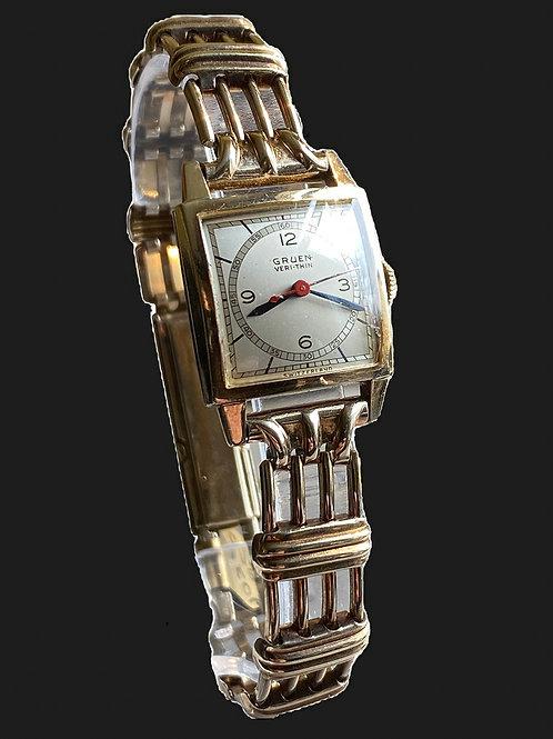 c.1946 Gruen Veri-thin 'Samaritan' Ladies Nurses Watch on Bracelet.