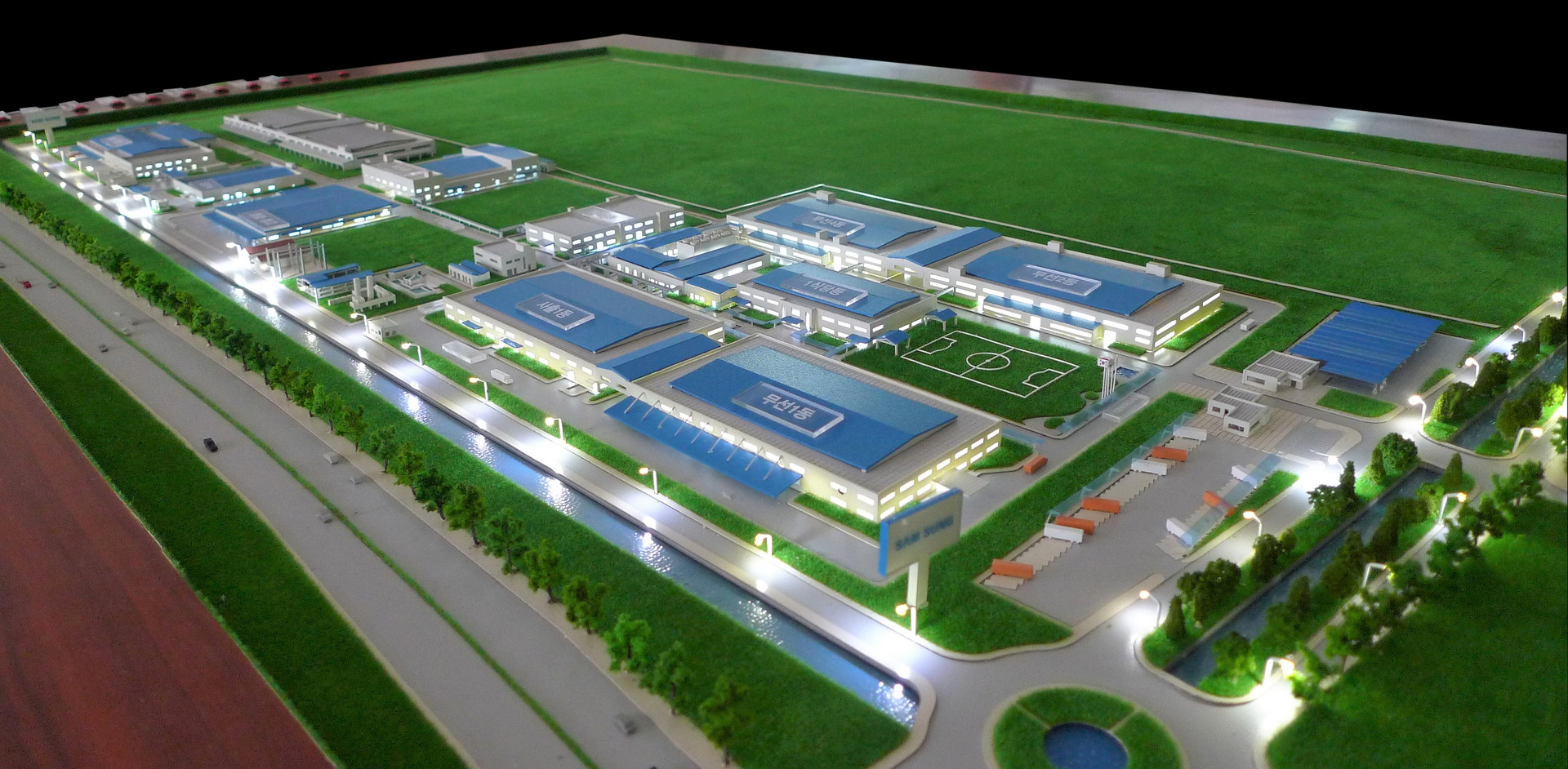 Model Samsung Plan in Thai Nguyen, Vietnam