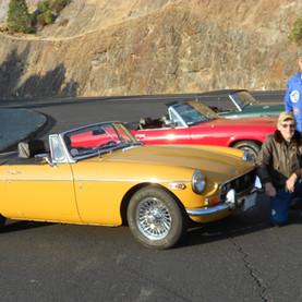 2 fine fellows, 3 fun cars.JPG