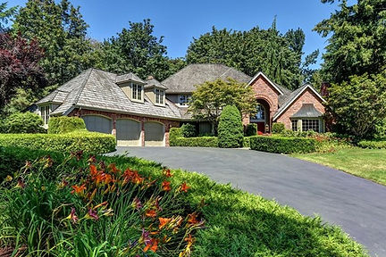Featured Listing 1.jpg