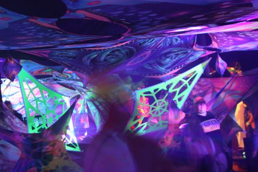 Hüttjemthal Harz - Schwarzlicht Ausstellung - Deko Goa Event mieten - Deko Goa Party buchen bundesweit