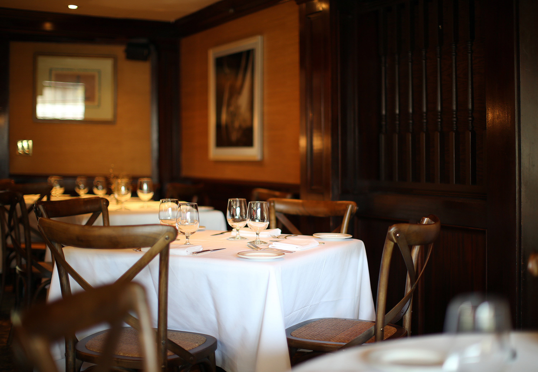 Roger Sherman Inn Dining Room