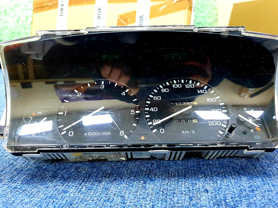 Discovery 1 dashboard clocks in Kmh