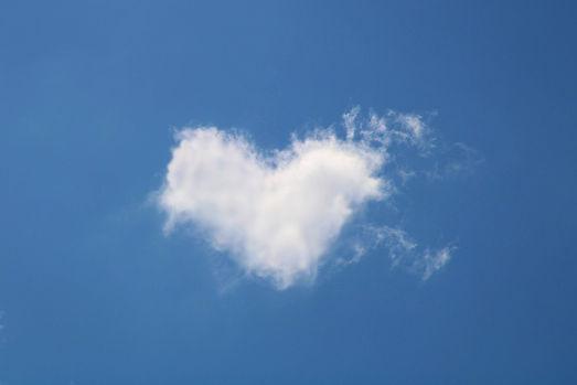 cloud-5055011_1920.jpg