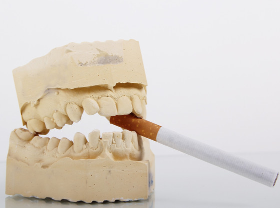 How does smoking affect your mouth?