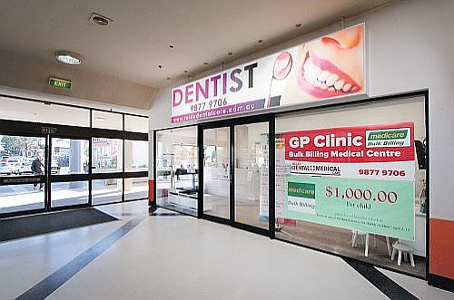 Dentist Blackburn Dr Amir Dr Ellie