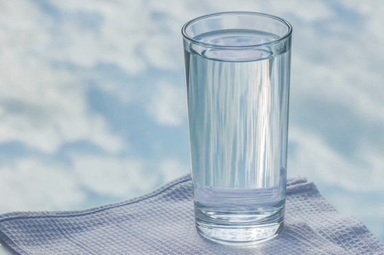 Why is drinking water good for my teeth?