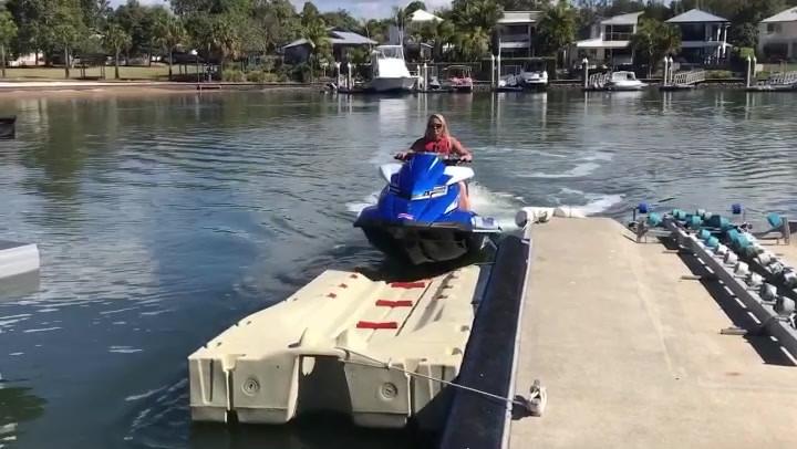 Ultimate Docking Systems JetPort Dock.mo