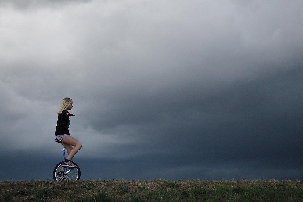 cycling-5360648_1920.jpg