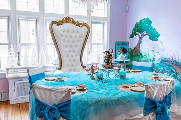 Moana party tablescape.jpg
