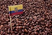 Granos de Cafe y Bandera de Ecuador.jpg