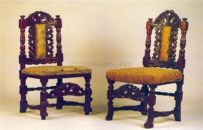 Резные стулья из дуба